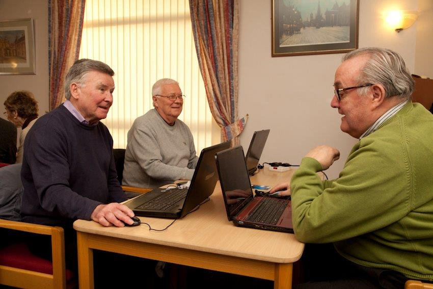 3 users at Gillespie Computer club